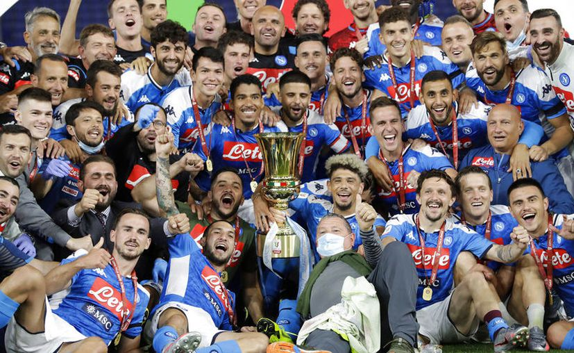 El Napoli ganó la Copa de Italia por sexta ocasión en su historia. (Foto: AP)