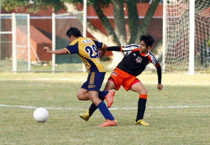 Jaguares de la Uady ganó la final del torneo de Talentos U15. (Christian Ayala/SIPSE)