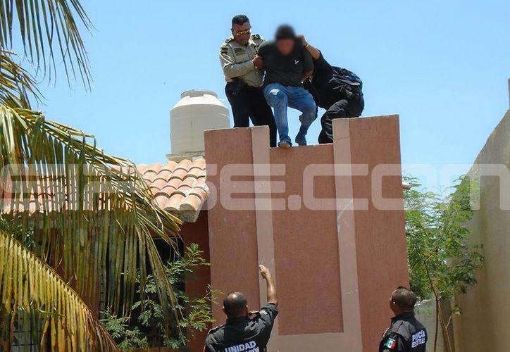 El ladrón se guardaba en el techo pero un niño alcanzó a verlo. (Martín González/SIPSE)