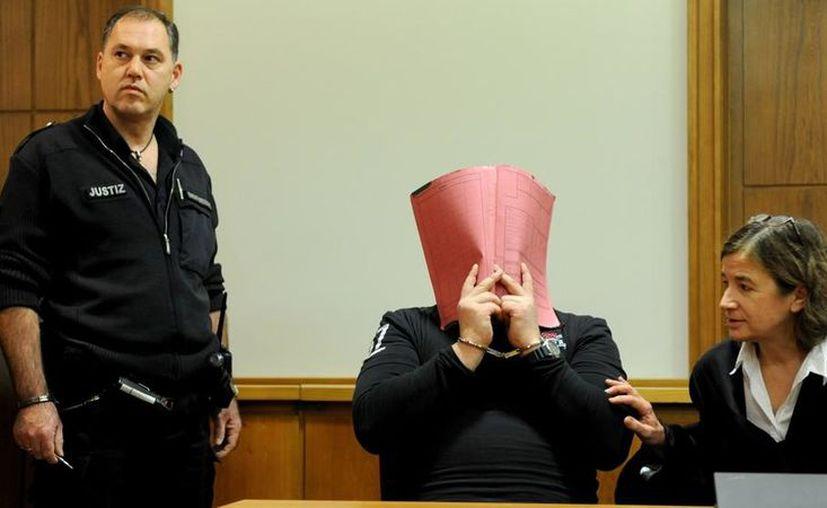 """Los investigadores suponen que estos 90 asesinatos son sólo """"la punta del iceberg"""". (Vanguardia)"""