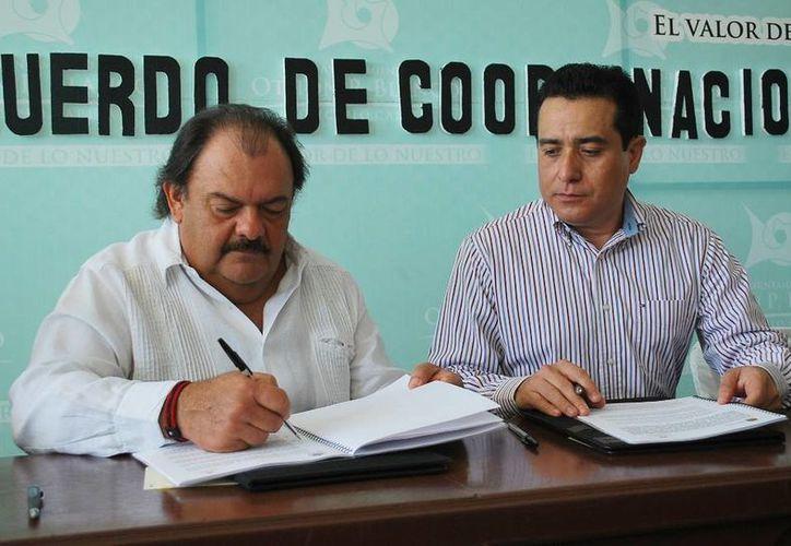 Con la firma del convenio de colaboración se busca lograr un ejercicio eficiente, oportuno y honesto de los recursos. (Cortesía/SIPSE)
