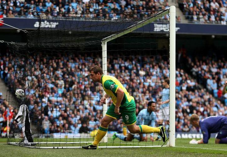 A partir del próximo 17 de agosto, la Liga Premier contará con el apoyo de la tecnología en la línea de gol. (Agencias)