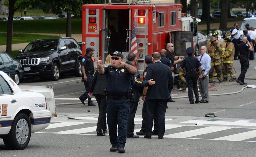 Tres policías murieron luego de un tiroteo este domingo en Luisana y otros siete resultaron heridos. (EFE)