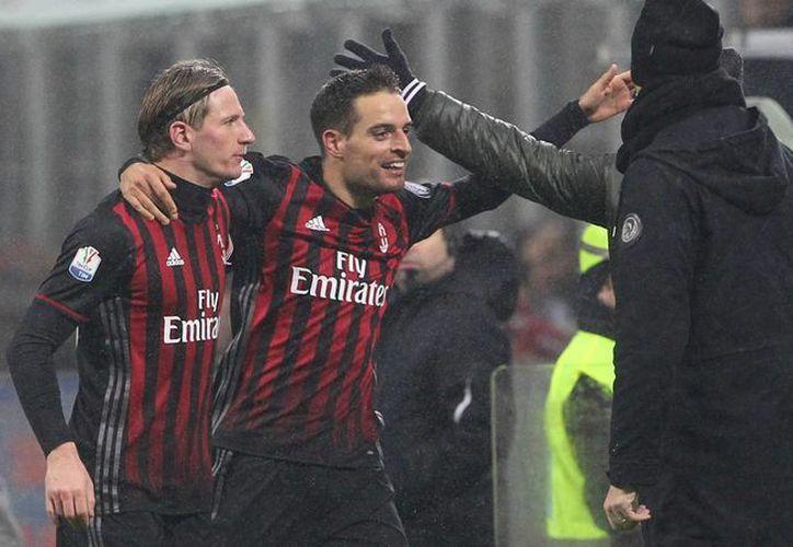 Con mucho trabajo el AC Milan superó al Torino para avanzar a la ronda de cuartos de final de la Copa de Italia. (Foto tomada de goal.com)