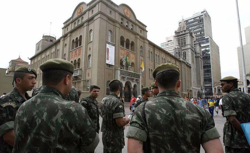 Los otros tres casos son de militares al servicio del Ejército. (Archivo/EFE)