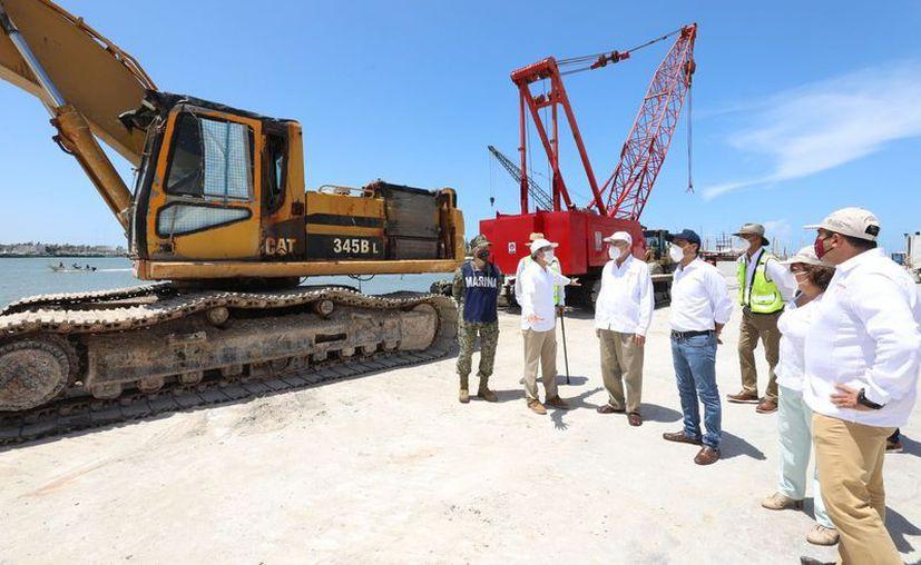 Las autoridades estatales y federales resaltaron los beneficios que aportarán a la comunidad pesquera de la entidad. (Novedades Yucatán)