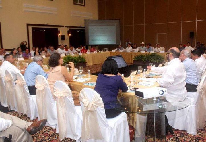 La décimo tercera Sesión del Consejo de Cuenca de la Península de Yucatán se llevó a cabo en Playa del Carmen. (Redacción/SIPSE)