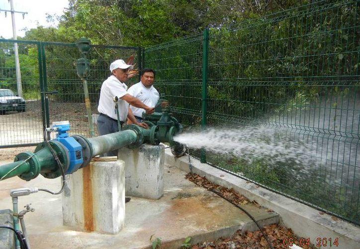 Se verificó el funcionamiento de los motores de los pozos. (Raúl Balam/SIPSE)