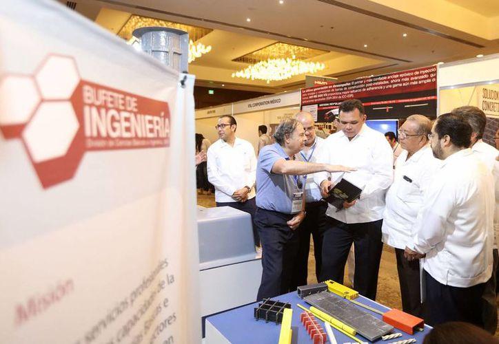 Este jueves, el gobernador Rolando Zapata inauguró el Congreso Nacional de Ingeniería Estructural. (Gobierno del Estado)