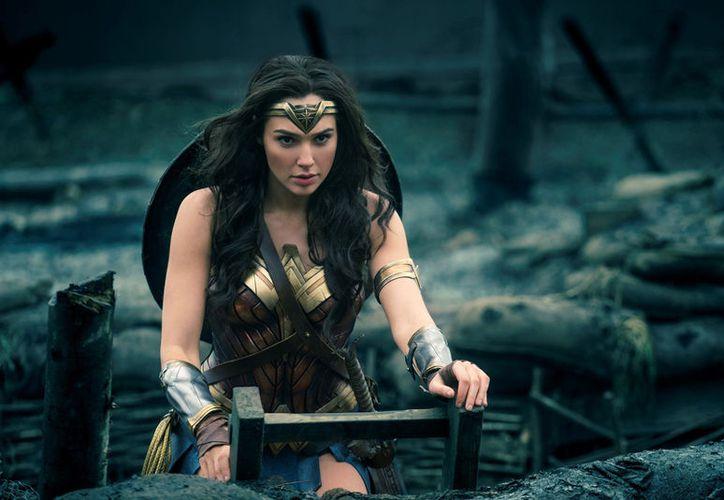 En México la película de la superheroína se presentará la noche del sábado 27 de mayo. (Foto: Contexto/Internet)