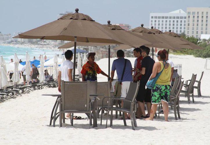 Reforzarán la seguridad a los bañistas en esta temporada vacacional. (Sergio Orozco/SIPSE)