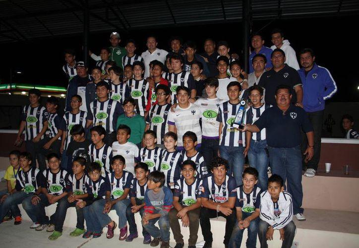 Los yucatecos tienen oportunidad de quedarse en Monterrey para fortalecer las fuerzas básicas de los Rayados. (SIPSE)