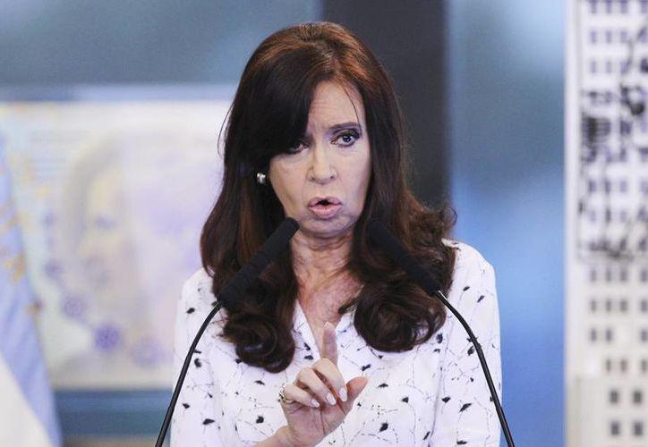 Las decisiones de la presidenta de Argentina, Cristina Fernández, inhibieron las inversiones. (EFE)