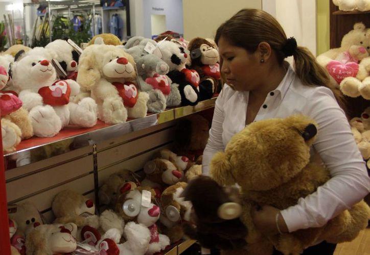 Un 11.5% de los encuestados dijo que las mujeres mexicanas son cariñosas y detallistas. (Archivo/Notimex)