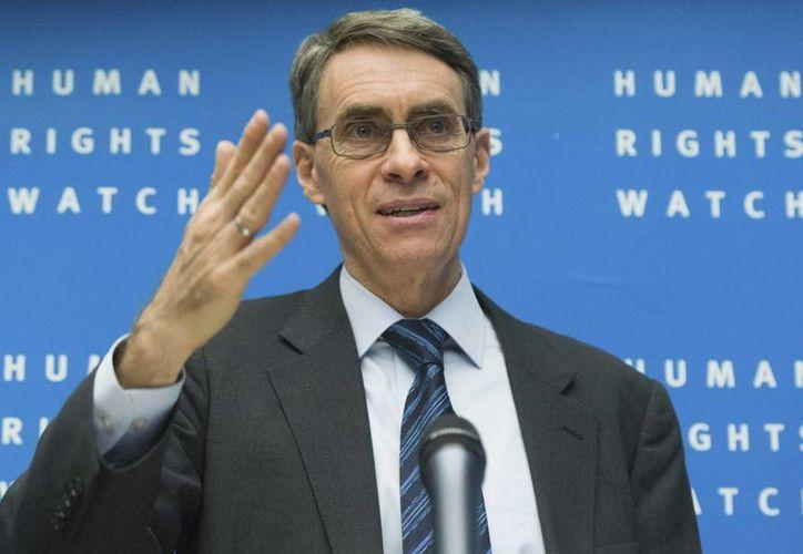 El director ejecutivo de Human Rights Watch, Kenneth Roth, afirma que funcionarios todavía usan tácticas para castigar a opositores, como despidos, amenazas de prisión y palizas. (EFE/Archivo)