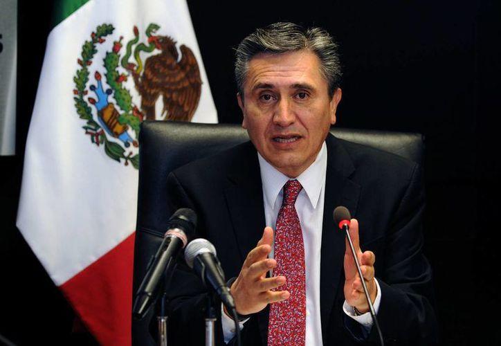 El ombudsman Luis Raúl González Pérez dijo que los derechos humanos deben ser uno de los temas torales para el debate de las drogas en México. (Notimex)
