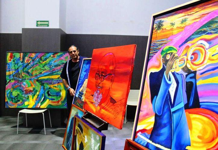 Galo Ramírez y Jaime Villegas presentaron una exposición sobre la evolución de música. (Foto: Daniel Pacheco/SIPSE)