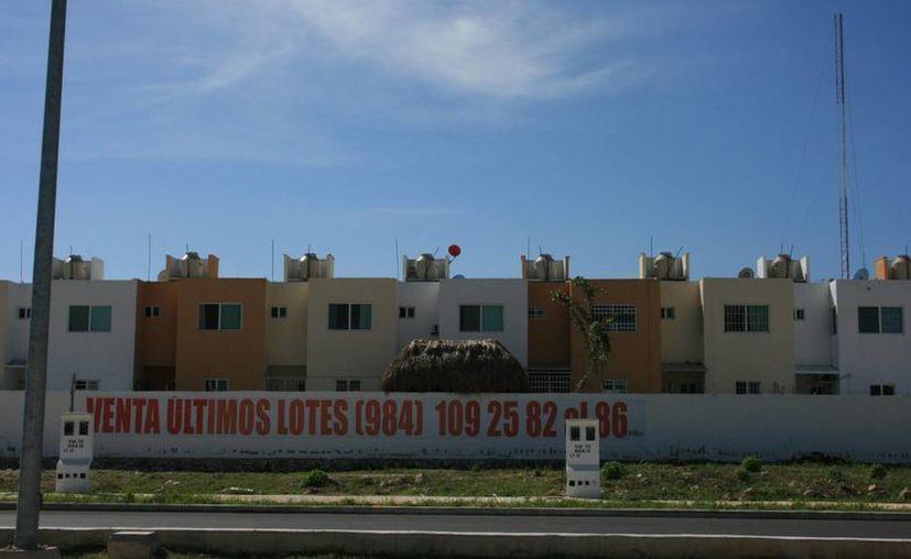 En los desarrollos habitacionales se han invertido más de tres mil 500 millones de pesos. (Loana Segovia/SIPSE)