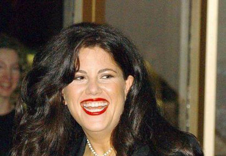 Monica Lewinsky  decidió irse de EU para estudiar en Inglaterra en la prestigiosa London School of Economics.(Archivo/EFE)