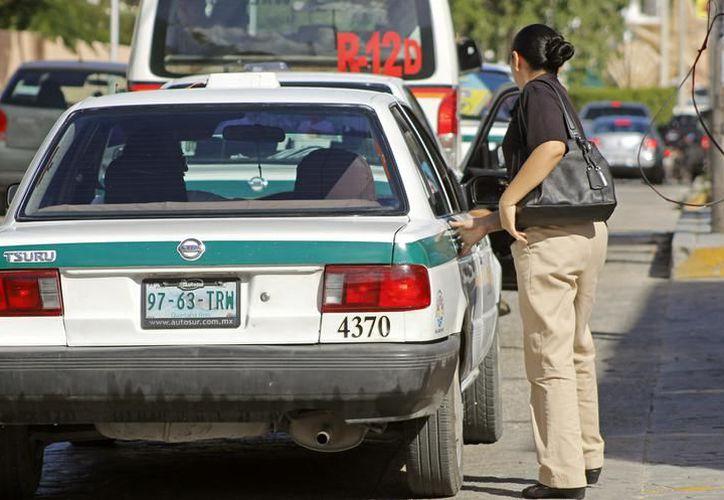 La dirección de Sintra informó que recibió una solicitud por parte del Sindicato de Taxistas 'Andrés Quintana Roo'. (Redacción)