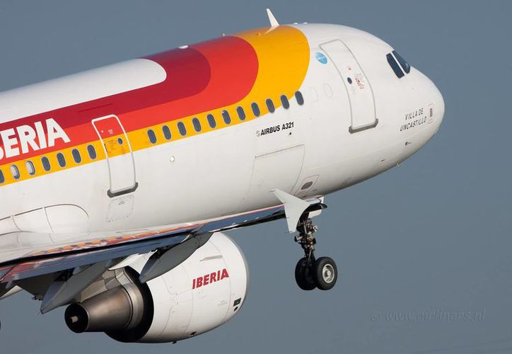 Por el momento, Iberia tiene dos vuelos diarios desde España a la Ciudad de México. (Redacción/SIPSE)