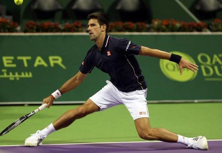 El serbio Novak Djokovic avanzó a la segunda ronda del torneo de Doha, en Qatar al vencer este lunes a Dustin Brown. (Imagen de archivo novakdjokovic.com)
