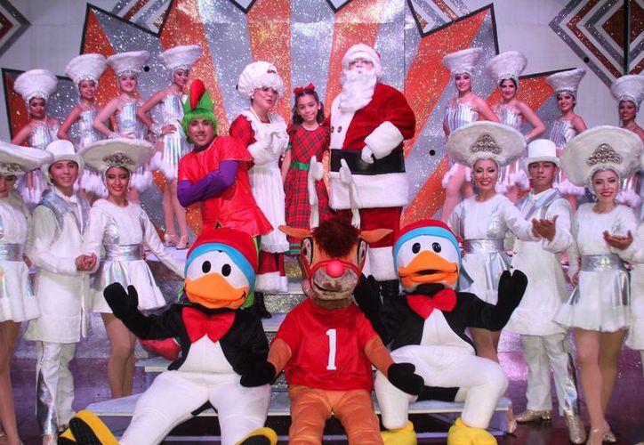 Anuncia el Alcalde de Mérida la realización del espectáculo gratuito 'Un Regalo para Santa', desde este miércoles por la tarde en Vergel II. (Foto cortesía del Ayuntamiento)