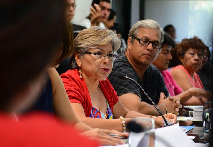 Diputados buscan garantizar el derecho humano de acceso al agua, evitando la suspensión del servicio por mora. (Foto: Redacción / SIPSE)