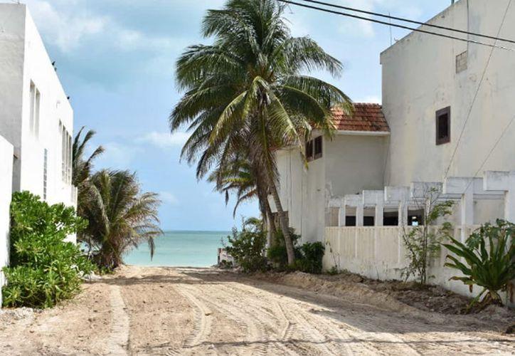 Los pobladores señalaron que con este tipo de acciones se puede cambiar el rostro al municipio. (Gerardo Keb/Novedades Yucatán)