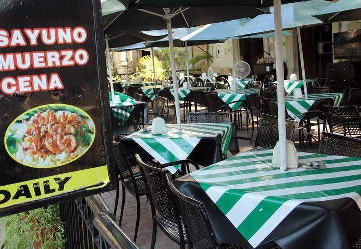 El recorte presupuestal también ha causado problemas a los restauranteros. (Jorge Acosta/SIPSE)