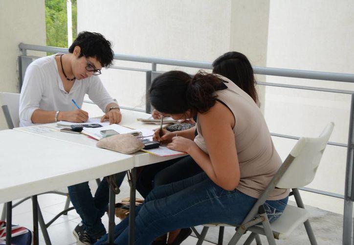 Tratan de conseguir capacitación para jóvenes emprendedores. (Redacción/SIPSE)