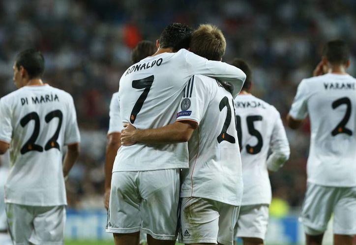 Tras caer en el derbi capitalino, el Madrid se desquitó goleando 4-0 al Copenhague por la Liga de Campeones. (Agencias)