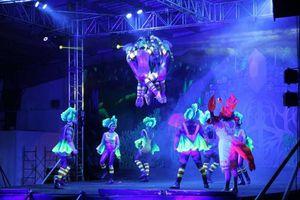 La fantasía invade desfile en el Carnaval de Mérida 2016