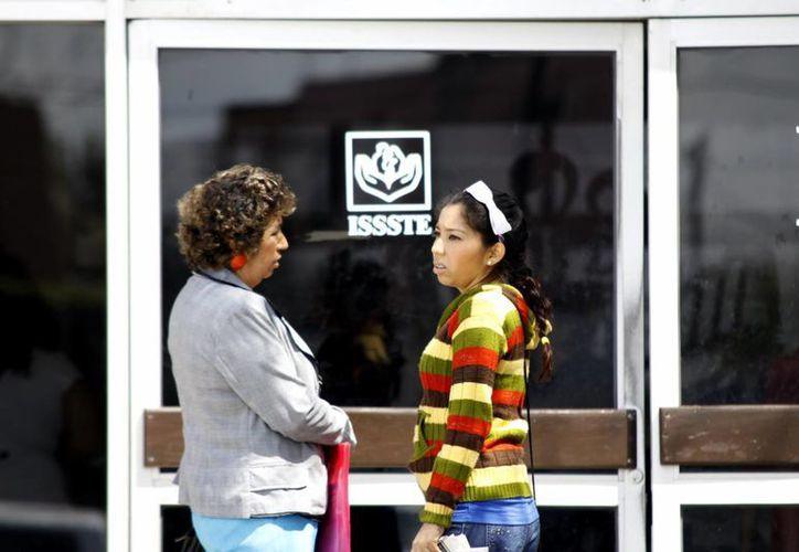 El 60% de los derechohabientes del Issste son mujeres. (Juan Albornoz/SIPSE)