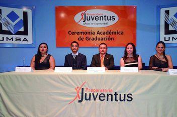 Ceremonia de Graduación preparatoria Juventus