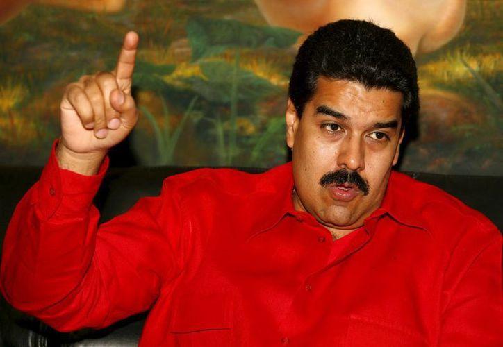 Nicolás Maduro encabeza las preferencias electorales en Venezuela según sondeos recientes. (EFE)