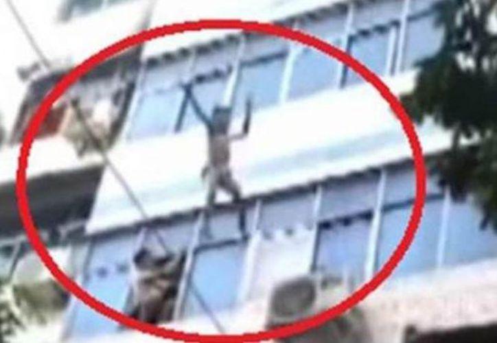 Los menores fueron trasladados al hospital con algunas lesiones. (Foto: Captura de pantalla)
