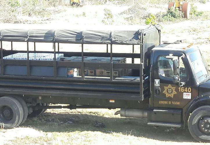 Camión de la SSP que trasladó las 35 mil cervezas recuperadas este fin de semana. (Milenio Novedades)