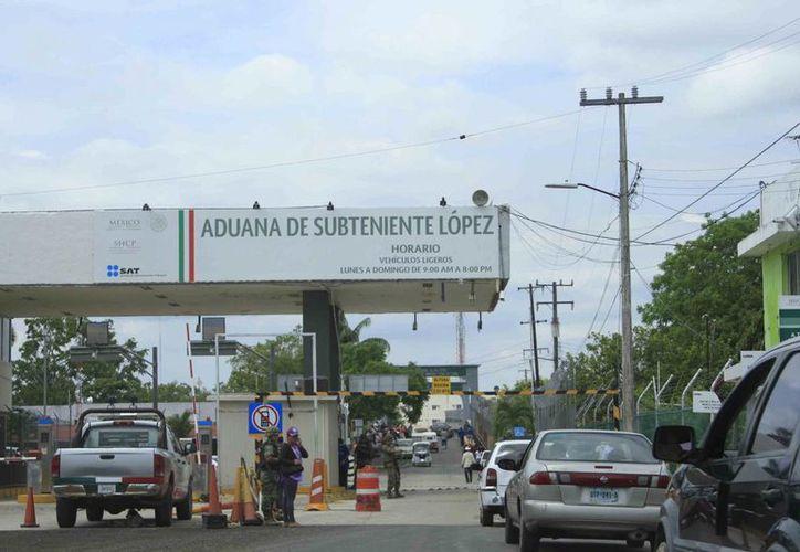 La  Aduana Fronteriza de Subteniente López, registra menor número de operaciones en comparación con otras fronteras. (Harold Alcocer/SIPSE)