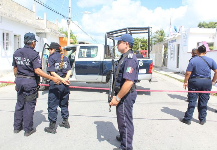 Cuando algo ocurre en Cozumel se tienen que movilizar patrullas de otros sectores para cubrir algún llamado. (Redacción).