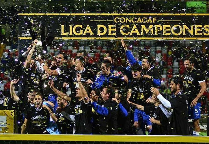 El Cruz Azul ganó la más reciente Concachampions al Toluca aunque con dos empates: 1-1 y 0.0. (futboltotal.com.mx)