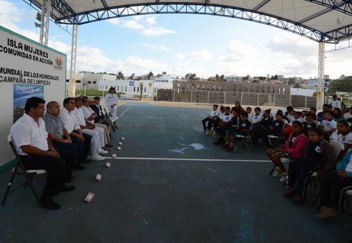 La conmemoración se realizó en el domo de la colonia La Gloria. (Cortesía/SIPSE)
