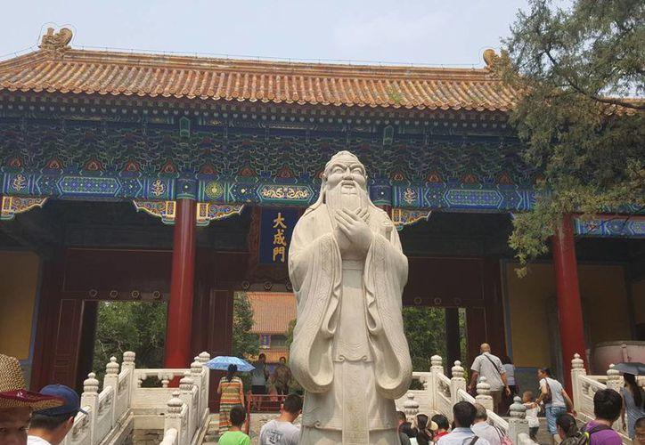 El Templo de Confucio o Kongmiao es uno de los patrimonios más importantes de Beijing. (Notimex)