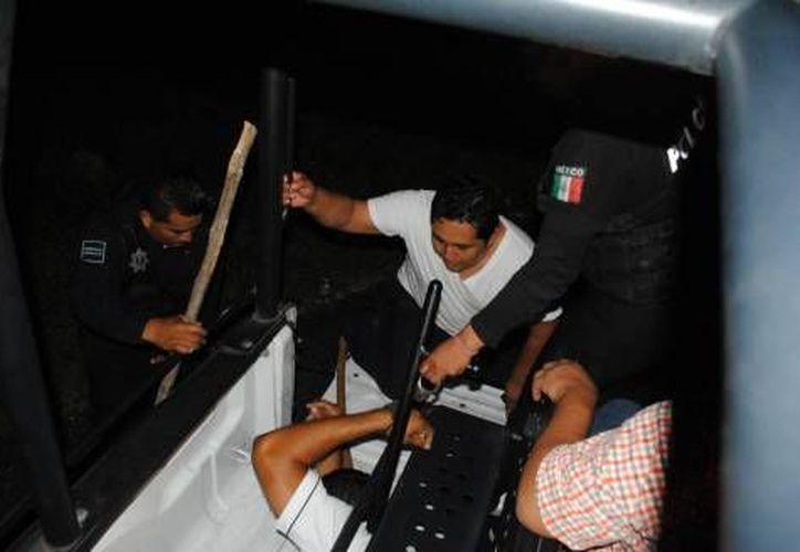 Aseguran que existe una infiltración del crimen organizado en los 17 sindicatos taxistas que operan en el estado. (Foto de Contexto/SIPSE)