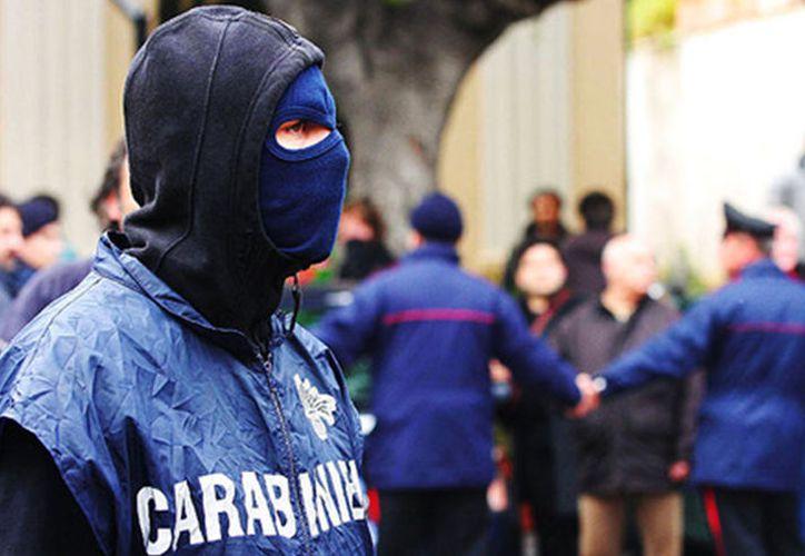 Los carabineros del comando provincial de Milán ejecutaron los arrestos a primera hora del martes. (López Dóriga Digital)