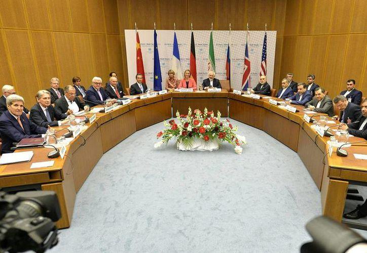 Vista general de la rueda de prensa celebrada en el ámbito de la reunión sobre el programa nuclear iraní en Viena, Austria. (EFE)