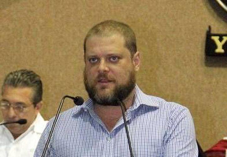 El presidente estatal del PVEM Harry Botello Fierro, aseguró que Mérida necesita una alianza PRI-PVEM para recuperarla y ponerla como se debe. (Milenio Novedades)