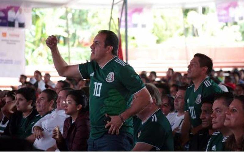 Cuauhtémoc Blanco durante un discurso de campaña política. (sdpnoticias.com)