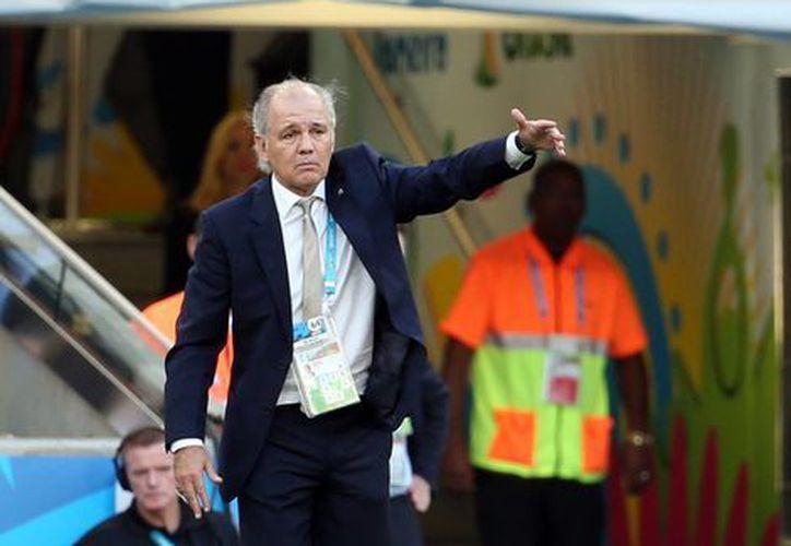 Alejandro Sabella llevó a la selección argentina a la final después de 24 años sin llegar a una. (Notimex)