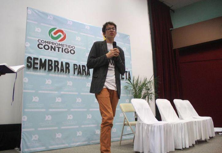 """Félix Finkbeiner, fundador de """"Planta por el Planeta"""". (Harold Alcocer/SIPSE)"""